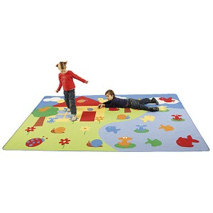Kotipiha matto käy myös lasten leikkeihin